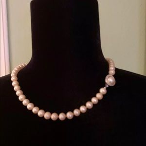 VINTAGE CROWN TRIFARI FAUX PEARL BEAD NECKLACE